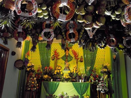 Enramas suspended from the ceiling of a place of worship, Chiapa de Corzo, Mexico / © 2009 Coordinación Ejecutiva para la conmemoración del Bicentenario de la Independencia Nacional y del Centenario de la Revolución Mexicana del Estado de Chiapas @ UNESCO Archive